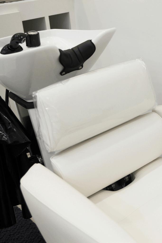 Small salon backwash design in white