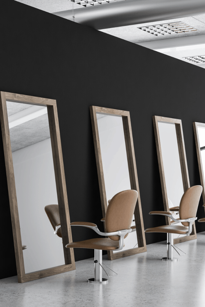 Using large mirrors in salon for bigger space